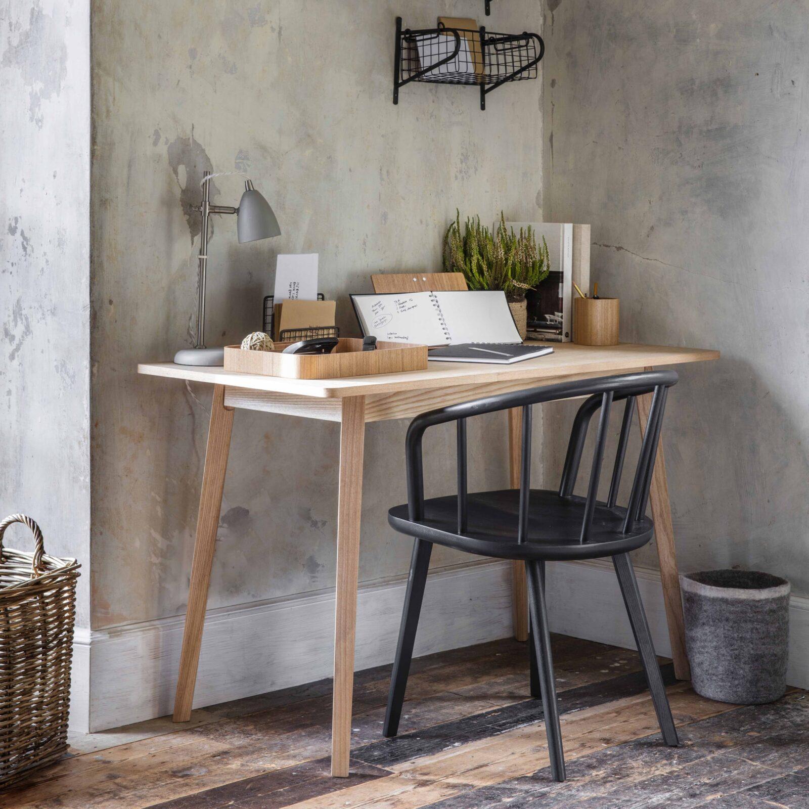 Ashwicke-Desk