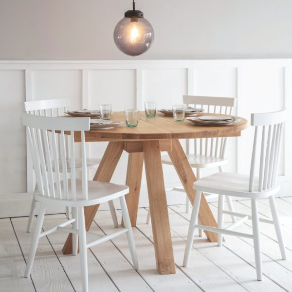 Round-Dining-Table-oak