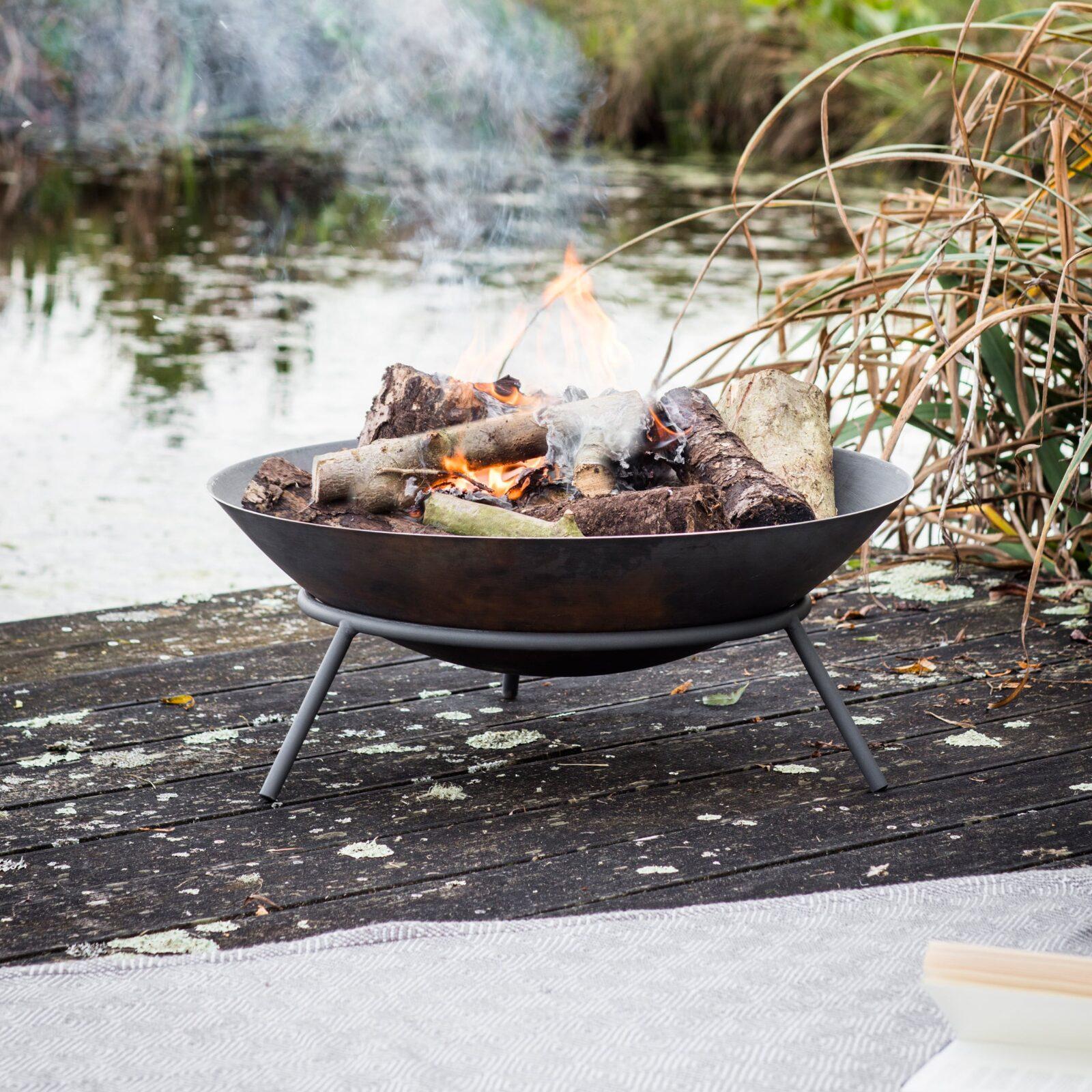 Idbury Fire Pit Cast Iron