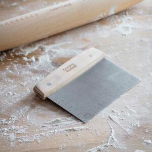 Garden Trading Borough Dough scraper