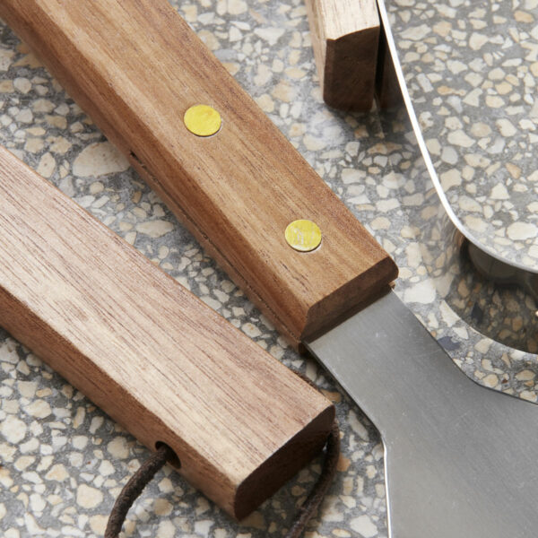 Nicolas Vahé BBQ tool set