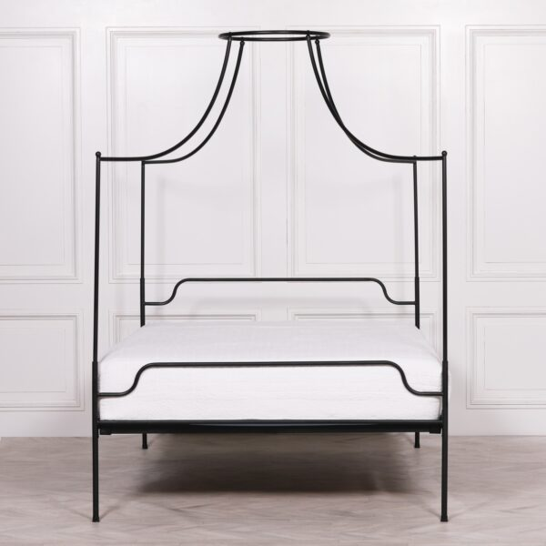 BLACK IRON 5FT KING SIZE POSTER BED